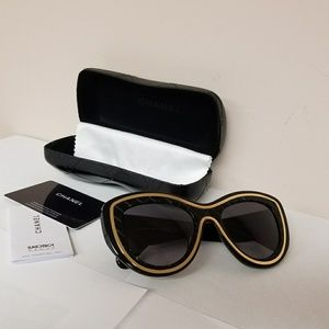 Lightly used authentic Chanel Sunglasses.